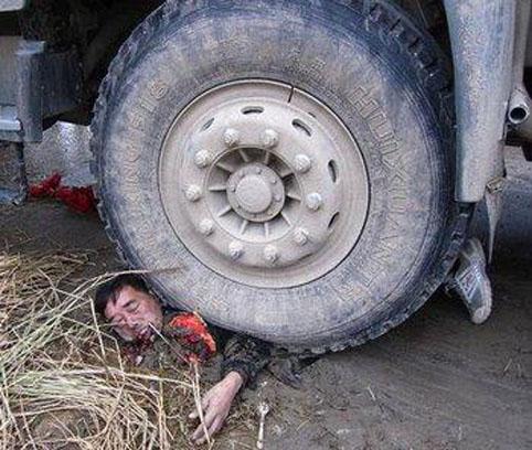 Tragisch verkeersongeluk of brute moord?