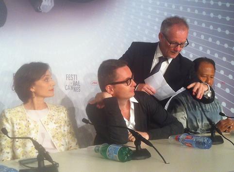 """""""Ik zend golven van positiviteit naar Cannes"""""""