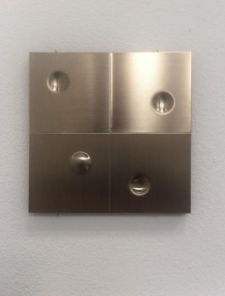 Volten_Vijf vierkante reliëfs