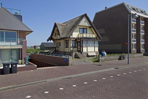 Hans-van-der-Meer-Boulevard-Noord-Egmond-aan-Zee-2012-low-res
