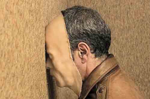 De onzichtbare man van Michiel Voet: over wie gaat het hier?