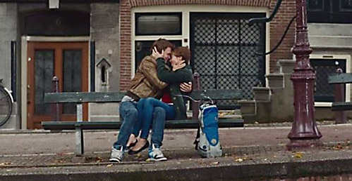 r0-56-586-301-f6d-screenshot_the_fault_in_our_stars