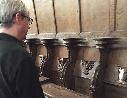 Input/Output underflow van Tony Oursler: de Oude Kerk is niet te hacken