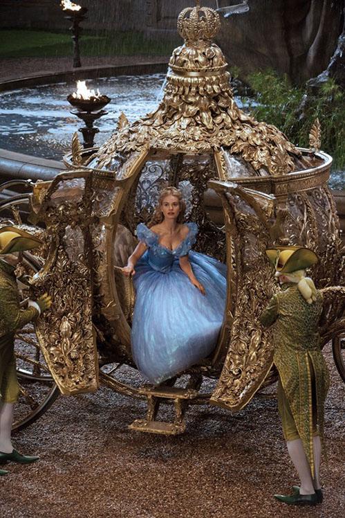 Disney's Cinderella: hopeloos ouderwets maar een lust voor het oog