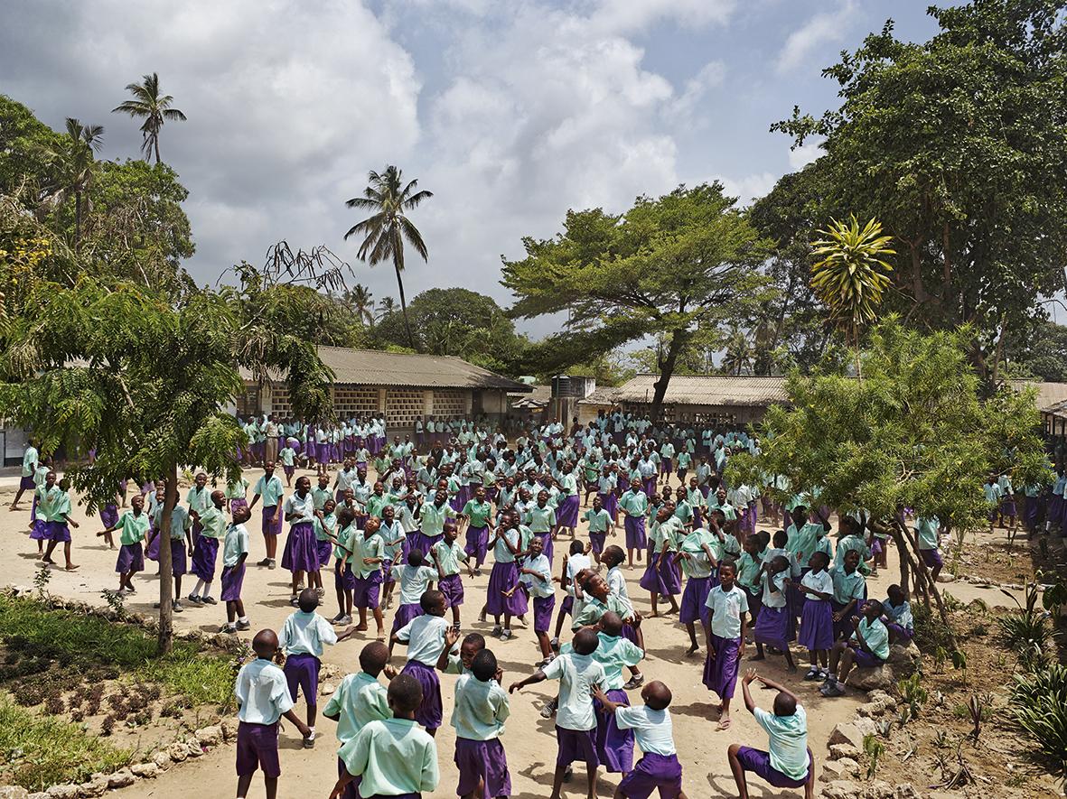 Playground van James Mollison: schoolpleinen op vijf continenten