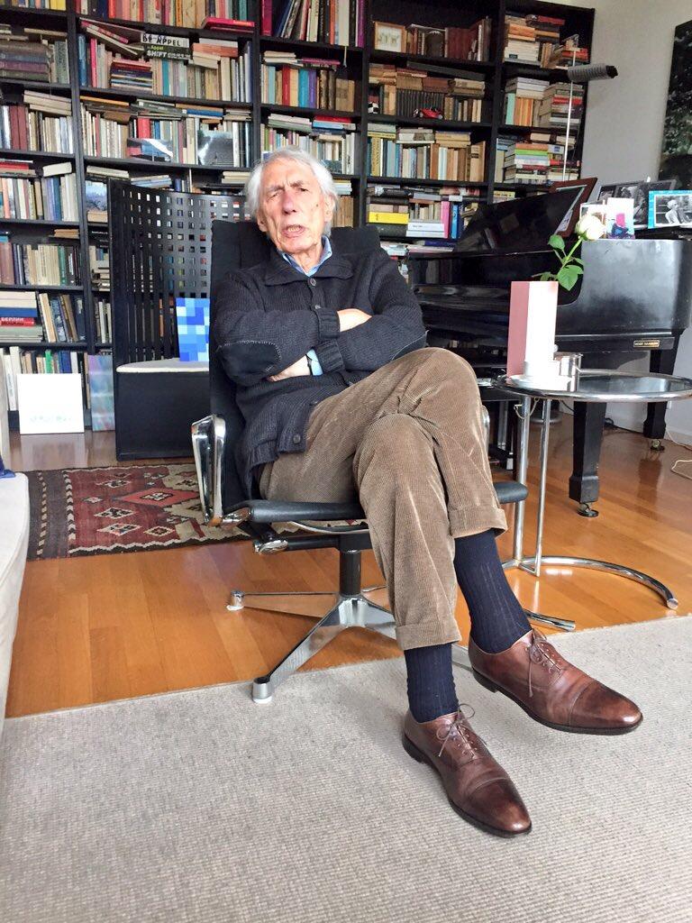 """Wim Crouwel: """"Als papier scheef ligt, leg ik het recht"""""""