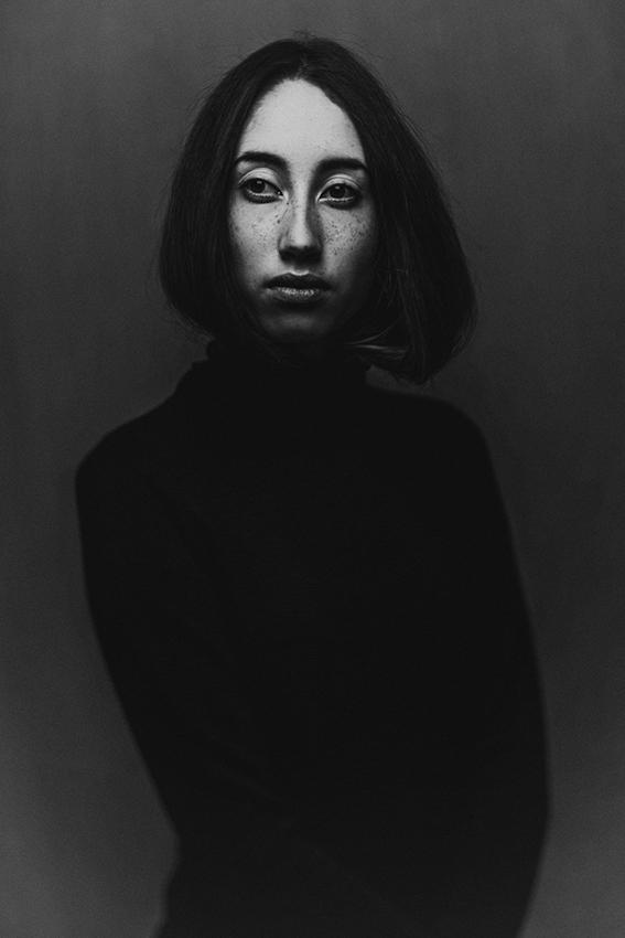 Jitske Schols, die vijf jaar geleden pas is begonnen met fotograferen, is de winnaar van de Dutch Photographic Portrait Prize 2016.
