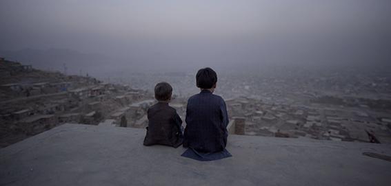 De Afghaans-Nederlandse filmmaker Aboozar Amini over Kabul, City in the Wind, de openingsfilm van het Idfa