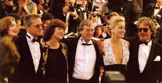 Het begint bij een première in Cannes